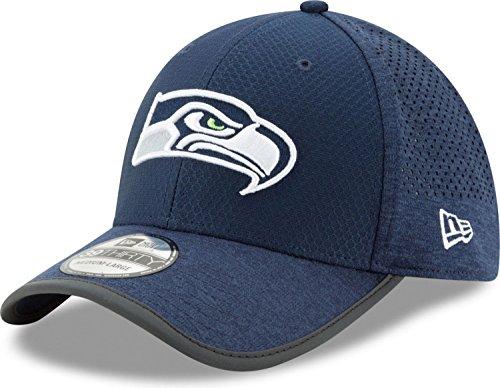 - New Era Seattle Seahawks 2017 NFL On Field Training 39THIRTY Hat (M/L) - M/L