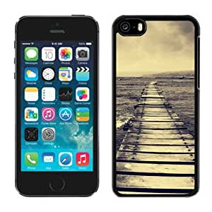 NEW Unique Custom Designed iPhone 5C Phone Case With Lake Dock Lockscreen_Black Phone Case wangjiang maoyi