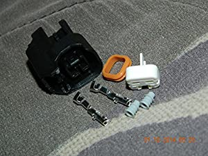 515iq8mVHUL._SX300_ amazon com ford fuel injector connectors sports & outdoors Ford Fuel Injection Harness at crackthecode.co
