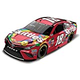 1:24 Scale Kyle Busch No 18 Skittles 2017 NASCAR Lionel Racing Diecast Car by The Hamilton Collection