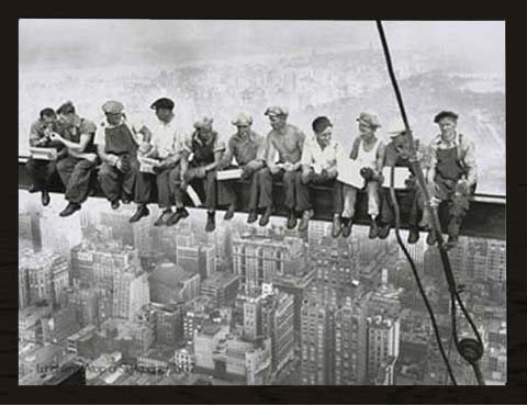 Empireposter Ebbets Charles Lunchtime Skyskraper Skyskraper Skyskraper Kunstdruck New York Manhattan Bauarbeiter Stahlträger 80x60 cm + Wechselrahmen, Shinsuke® MDF schwarz, Acryl-Scheibe 238ac9