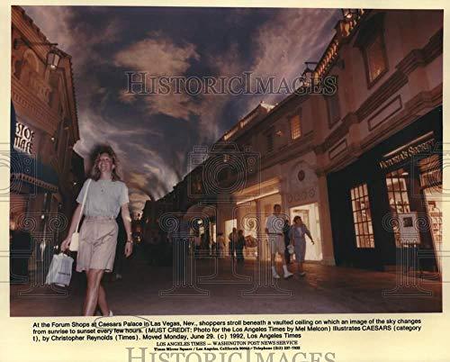 Vintage Photos 1992 Press Photo `The Forum Shops at Caesars Palace in Las Vegas, Nevada (Caesars Palace-shops)