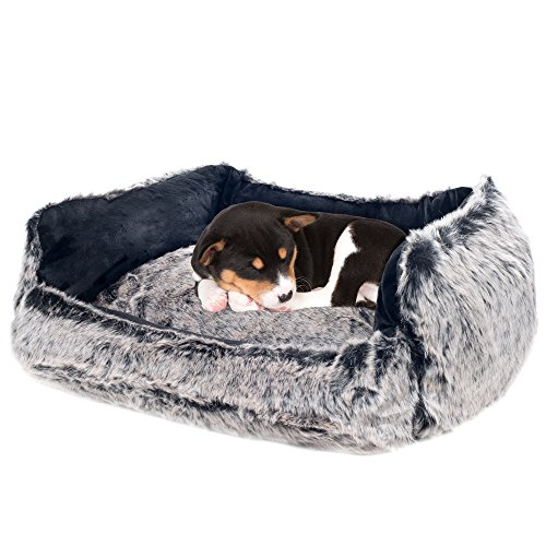 PETMAKER small Faux Fur Gray Wolf Dog Bed – 23 x 19″