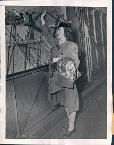 1946 Photo Lucy McCartney Queen Mary Ship British Amer War Bride Joseph (Queen Mary Ship Pictures)