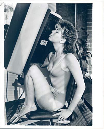 Vintage Photos 1983 Photo Tanning Salon Tobie D Angelus Beacon Hill Salon Newbury Street ()