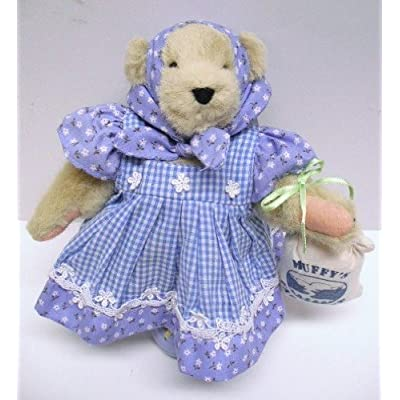 Muffy Vanderbear Down on the Farm Dressed Bear: Toys & Games