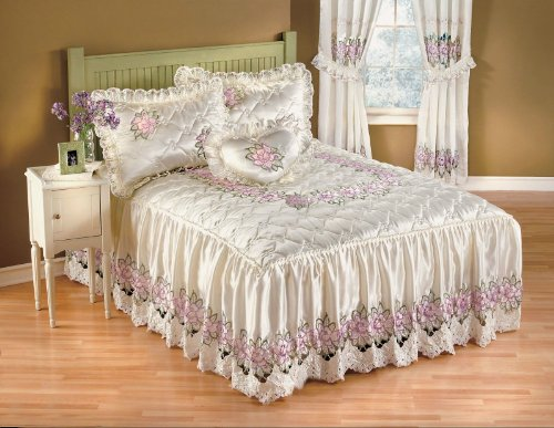Clarissa Full Bedspread Lavender Embellished White & Pink Floral Embroidery