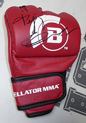 Fedor Emelianenko Signed Official Red Bellator MMA Fight Glove BAS COA Autograph - Beckett Authentication