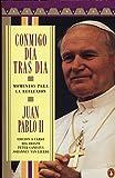 Conmigo día tras día: Momentos para la reflexión (Ediciones Penguin) (Spanish Edition)