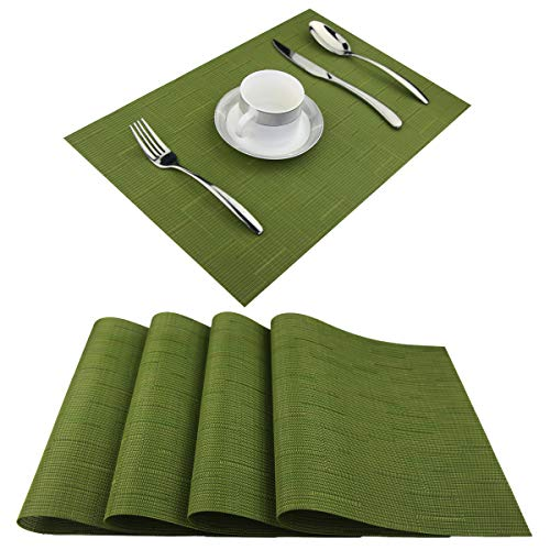 (BeChen Vinyl Placemats,Washable Table Mats Easy to Clean Woven Placemats for Dining Table Set of 4(Sage Green))