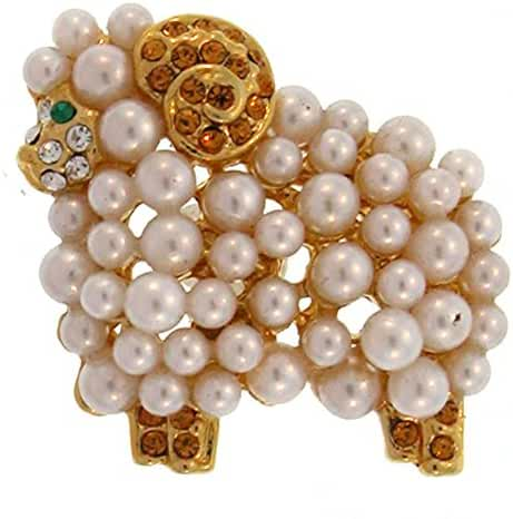 Lamb Ring In Pearl With Gold Finish