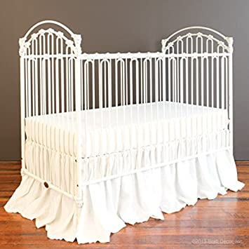 Bratt Decor Venetian II Crib Distressed White