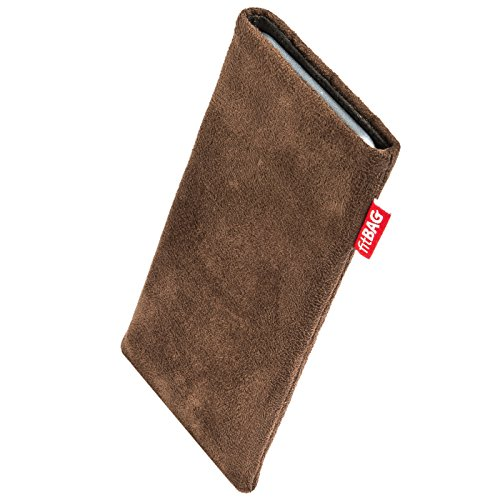 fitBAG Country Brown Custom Tailored Sleeve for Samsung Galaxy S10e (SM-G970F) | Made in Germany | Fine Faux Suede Pouch case Cover with Microfibre Lining for Display Cleaning