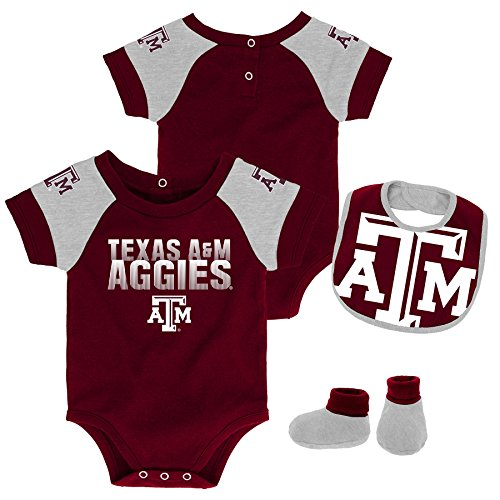 Gen 2 NCAA Texas A&M Aggies Newborn & Infant 50 Yard Dash Bib & Bootie Set, 3-6 Months, Maroon -