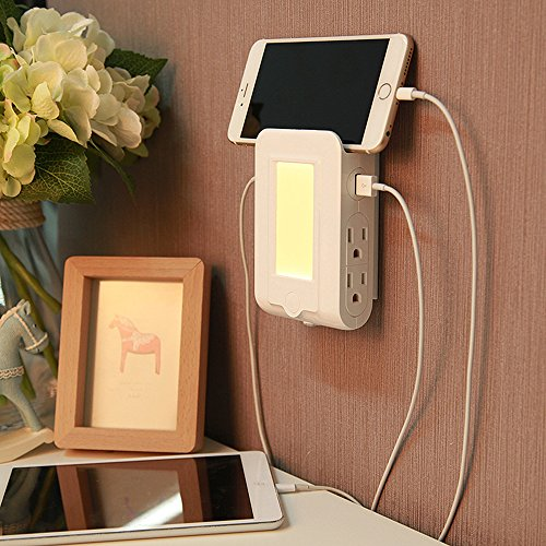 (Finduat Wall Mount Charger Outlet With Dusk To Dawn Sensor LED Night Light, Surge-protected Power Socket Extender With 4 AC Outlet 2 USB Charging Ports for IPhone, Samsung, IPad, Phone Holder Slot)