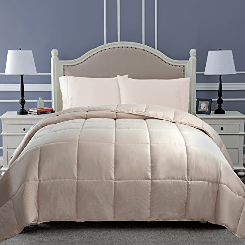 Superior Classic All-Season Down Alternative Comforter with with Baffle Box Construction, Full/Queen, Ivory
