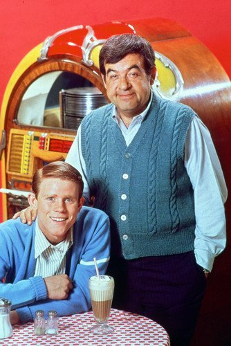 Happy Days Tom Bosley Ron Howard Classic in Front of Juke Box 11x17 Mini Poster