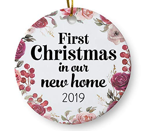 First Christmas In Our New Home 2019.First Christmas In Our New Home 2019 Christmas Ornament Housewarming Gift Homeowner Present 3 Flat Ceramic Ornament With Gift Box