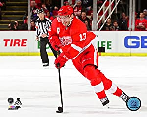 "Pavel Datsyuk Detroit Red Wings 2014-2015 NHL Action Photo (Size: 8"" x 10"")"