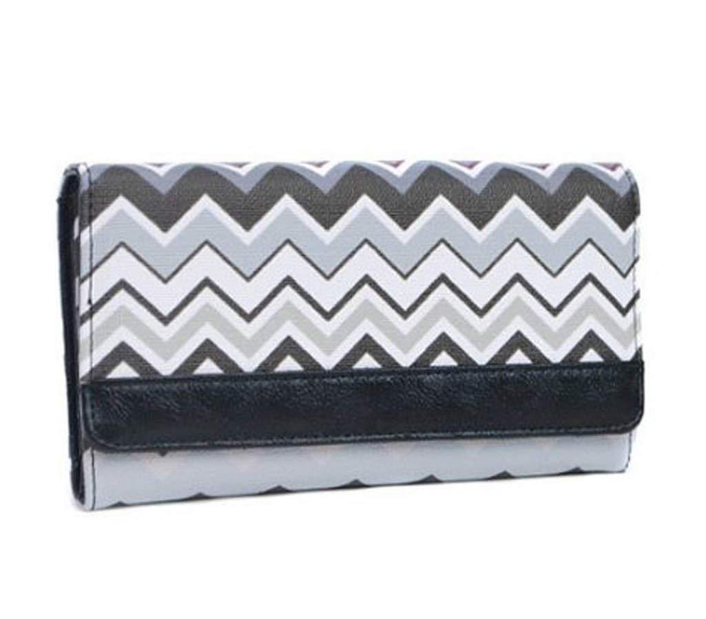 Chevron Vinyl Clutch Wallet Bag (Black)