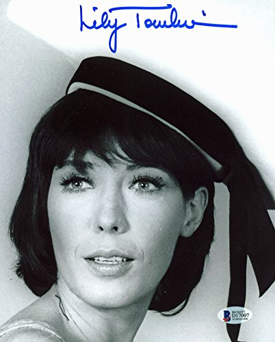 Tomlin Signed Photo - Lily Tomlin Authentic Signed 8x10 Photo Autographed BAS #D17007