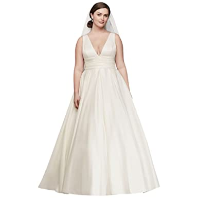 David\'s Bridal Satin Cummerbund Plus Size Wedding Dress Style 9V3848 ...