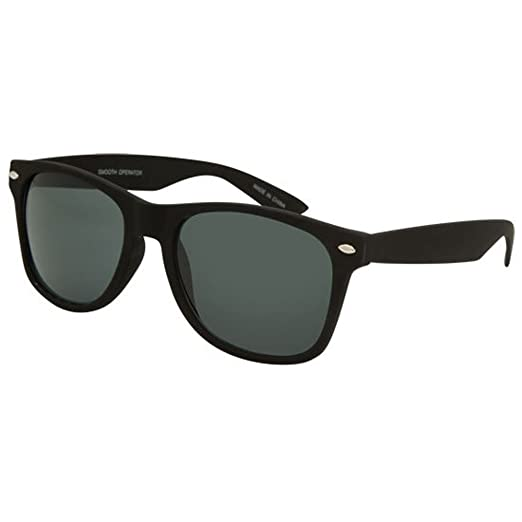 18bf50c14280 Amazon.com: BLUE CROWN Smooth Operator Sunglasses, Black: Clothing