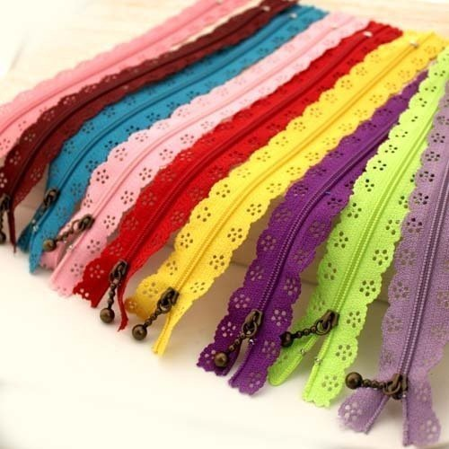 - YEQIN Random Color 20pcs/lot 30cm 12 inch DIY Nylon Zippers lace Nylon Finish Zipper for Sewing Wedding Dress