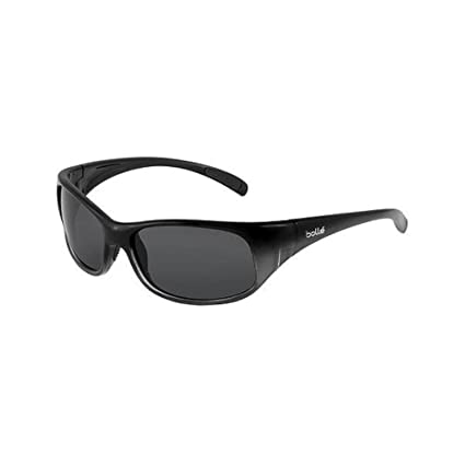 cabe16e88cf Amazon.com  Bolle Kids Recoil Junior Sunglasses (Shiny Black-Gray ...