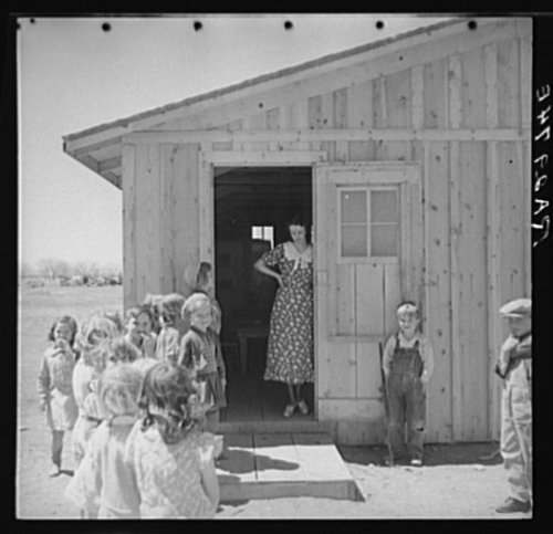 Photo: Temporary schoolhouse. Bosque Farms,New Mexico