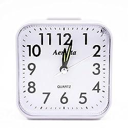 OSMOFUZE Simple Bedroom Alarm Clock, Silent Non Ticking Analog Small Lightweight Alarm Clock with Snooze and Light, Sound Crescendo, Mini Sized Travel Quartz Alarm Clock, Battery Operated (White)