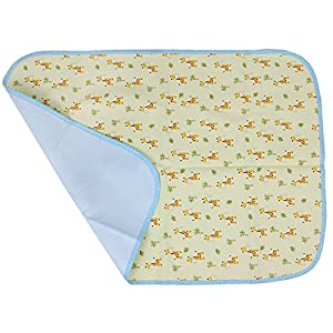 MyKazoe Waterproof Bassinet/Changing Table/Play Yard Pad (27.5″ x 19.5″) (Giraffe)