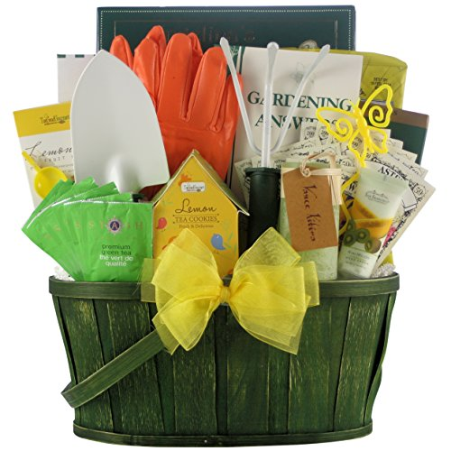 GreatArrivals Gardening Delight Gift Basket
