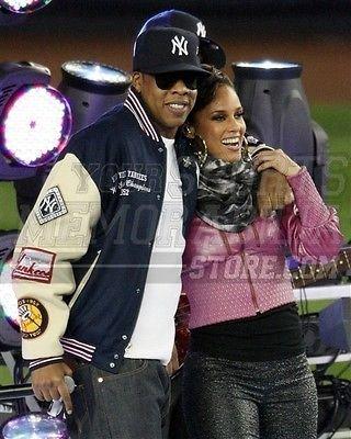 Jay Z Beyonce New York Yankees singing World Series 8x10 11x14 16x20 924 - Size 8x10