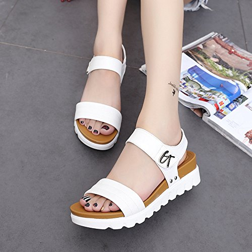 WINWINTOM Summer Women Leisure Ladies Sandals Comfortable Ladies Shoes Summer Sandals Women Aged Flat Fashion Sandals White DCdlpTn7