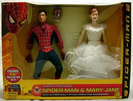 Amazon.com: Spider-man 2 Wal-mart Exclusive 12 Collector Doll Set ...