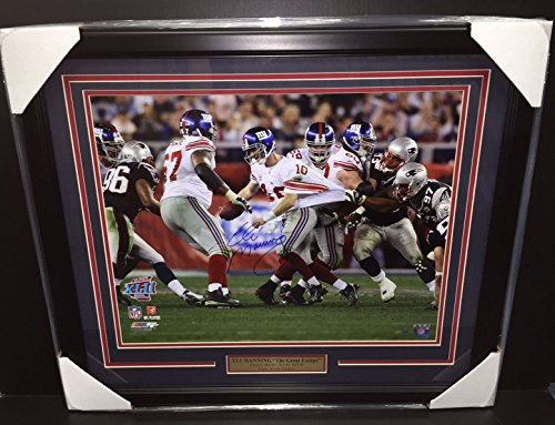 ELI MANNING THE GREAT ESCAPE Autographed Super Bowl 16x20 Photo Framed Steiner