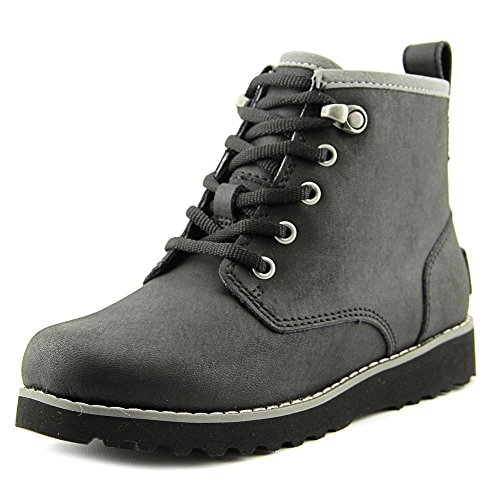 UGG Unisex Maple Lace Up Boot, black, 3 M US Big Kid