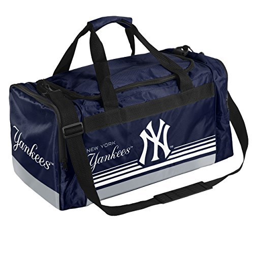 (New York Yankees Medium Striped Core Duffle Bag)