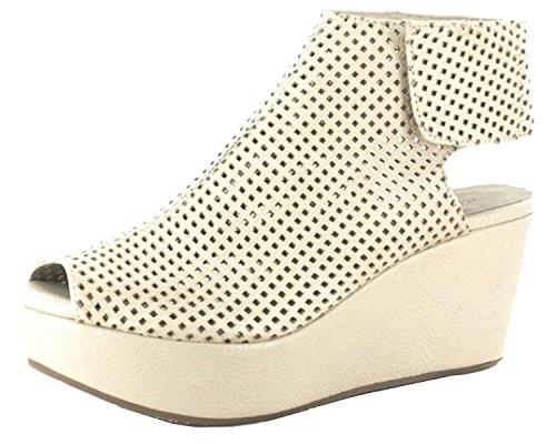 Chocolat Blu Mujeres Wing Leather Sandal Cream