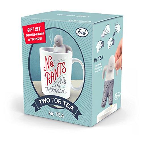 Coffret cadeau infuseur à thé en forme de bonhomme qui prend son bain & sa tasse « No PANTS, no problem »