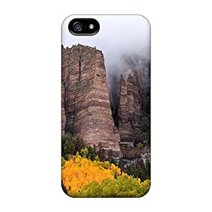 Ultra Slim Fit Hard MeSusges Case Cover Specially Made For Iphone 5/5s- Peaks In The Clouds