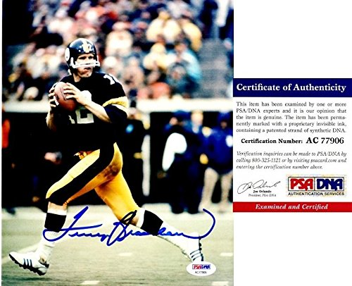 (Terry Bradshaw Autographed Photograph - 8x10 inch 4x Super Bowl Champion Certificate of Authenticity COA) - PSA/DNA Certified)