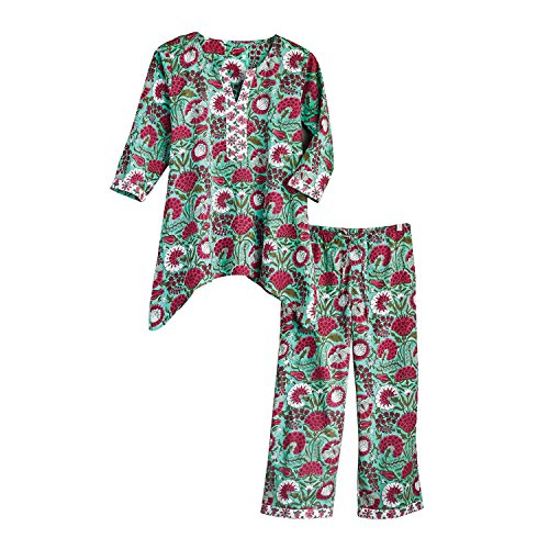 en's Red and White Flower Pajamas - 3/4 Sleeve Shirt and Capri Pants Bottoms - Large ()