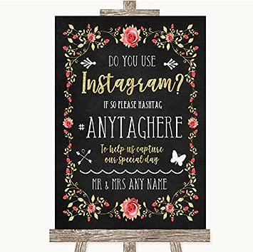 Letrero de boda estilo tiza, rosa y dorado, con texto en inglés «Blush