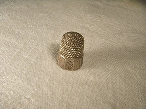 Beautiful Antique Estate Etched Sterling Silver Thimble by GEMSforyou