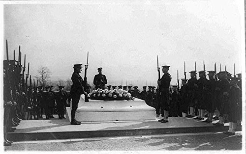 Vintography Reproduced 16 x 20 Photo of: Military Funerals at Arlington National Cemetery-Honor Guard at The Tomb of The Unknown Soldier 1927 National Photo Company