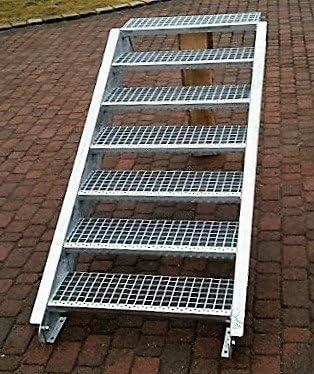 Acero Escalera exterior Escaleras mejilla Escaleras galvanizado 7 niveles GH 100 – 140 cm 7 – 180 de Z: Amazon.es: Bricolaje y herramientas