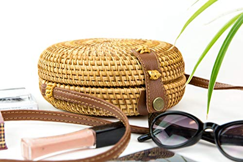 Top Choice Handwoven Round Rattan Bag | Woven Crossbody, Messenger, Purse, Shoulder Basket Bags for Women | Lightweight Bohemian Handbags for Travel, Work | Unique Straw Gift |Genuine Leather Strap