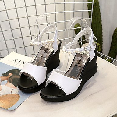 LvYuan Mujer Sandalias PU Primavera Verano Perla de Imitación Hebilla Tacón Cuña Blanco Negro 10 - 12 cms White
